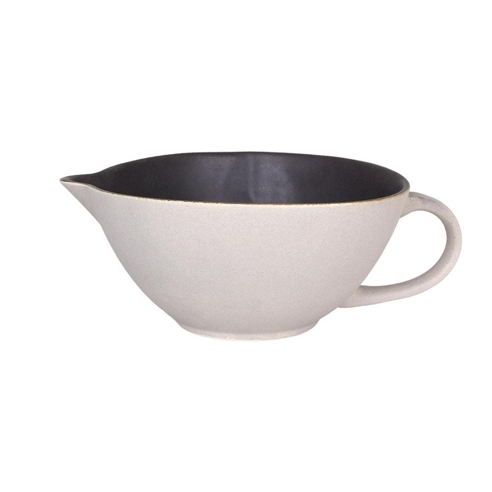 Bowl w. Spout and Handle Einar Brown Medium