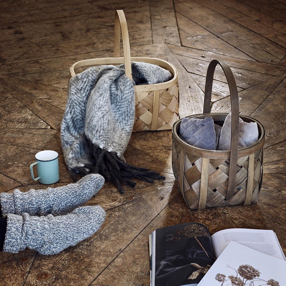 Wool Plaid Light Grey w. Dark Fringes