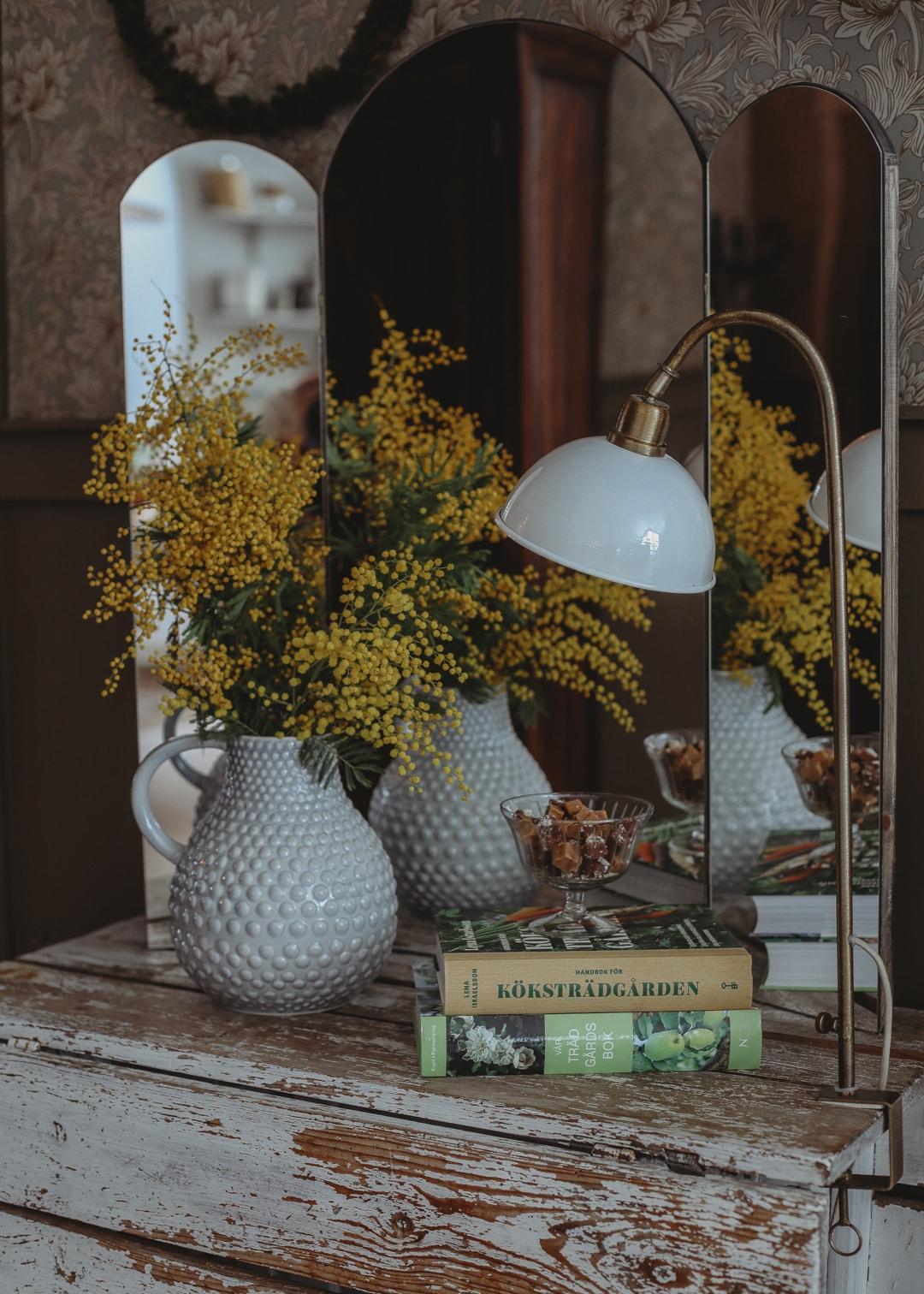 Table Lamp Pelle White/Brass